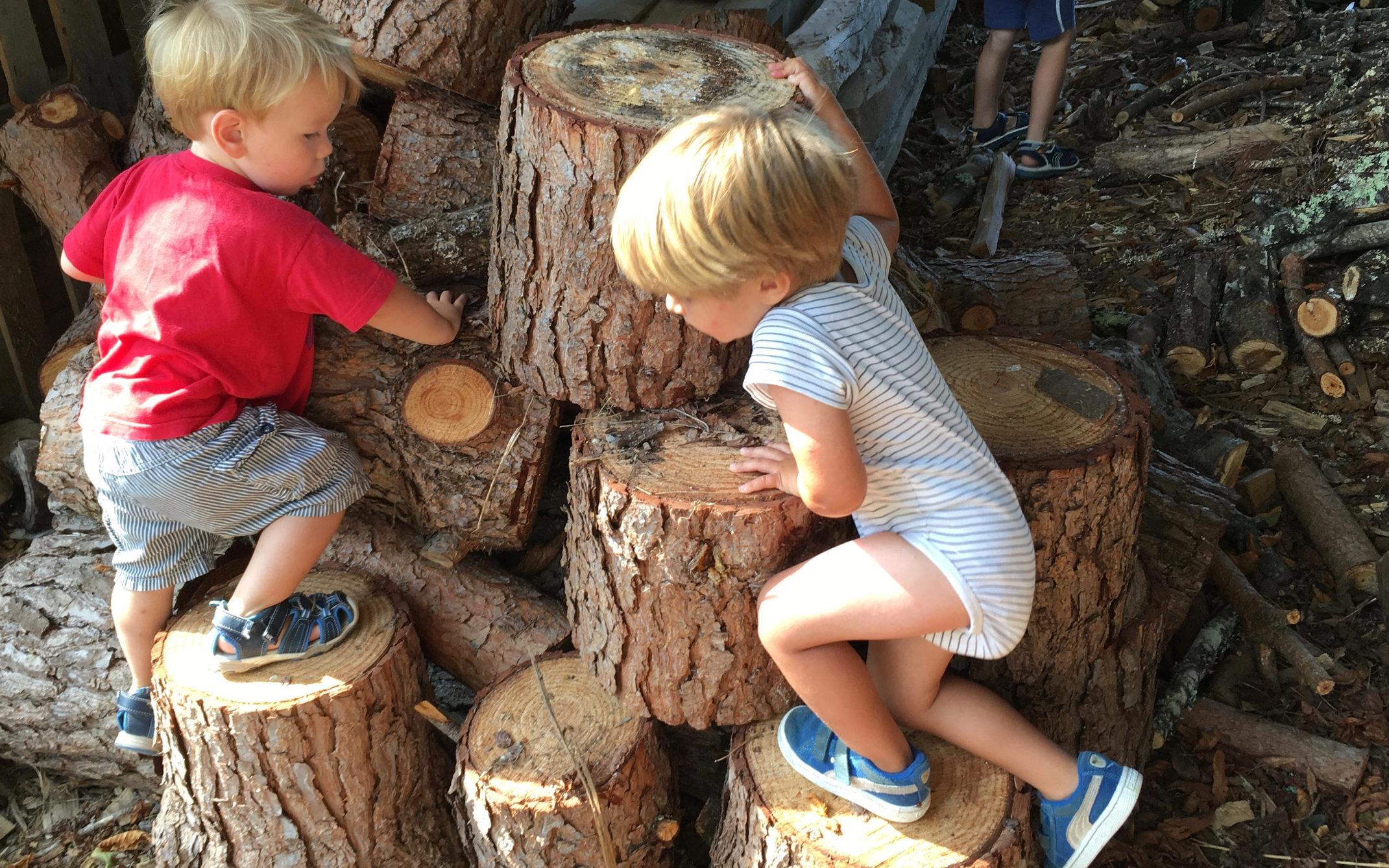 kinderen spelen Domaine du Merlet Zuid Frankrijk