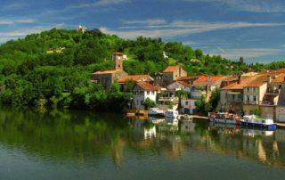 Penne d'Agenais Lot rivier Lot-et-Garonne