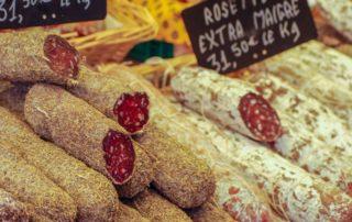 foto worstjes markt Zuid Frankrijk Lot-et-Garonne
