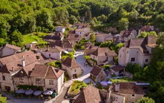 foto dorp Saint-Cirg-Lapopie Zuid Frankrijk Lot