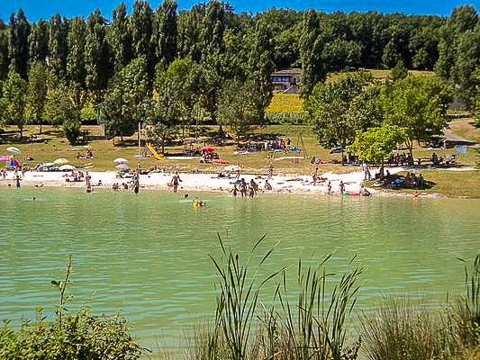zwemmeer Montcuq Domaine du Merlet Zuid Frankrijk