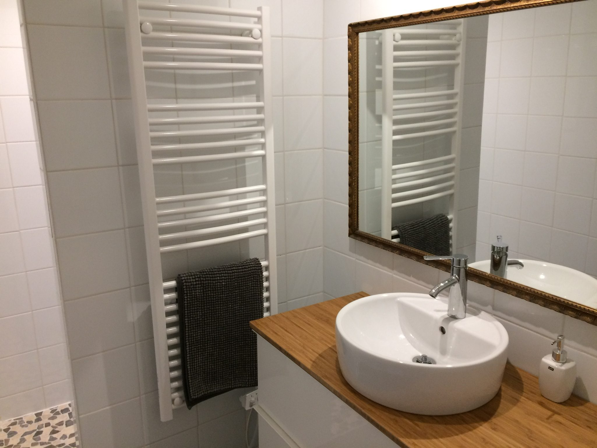 badkamer gîte vakantiehuisje Domaine du Merlet Zuid Frankrijk